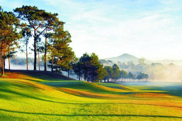 Golf at Dalat Palace Golf Club (B)