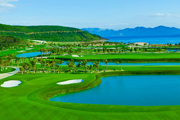 Golf at Diamond Bay Golf & Villas (B)