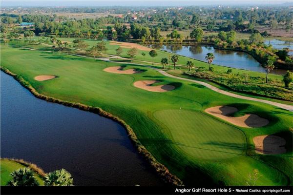 Play golf at Angkor Golf Resort (B)