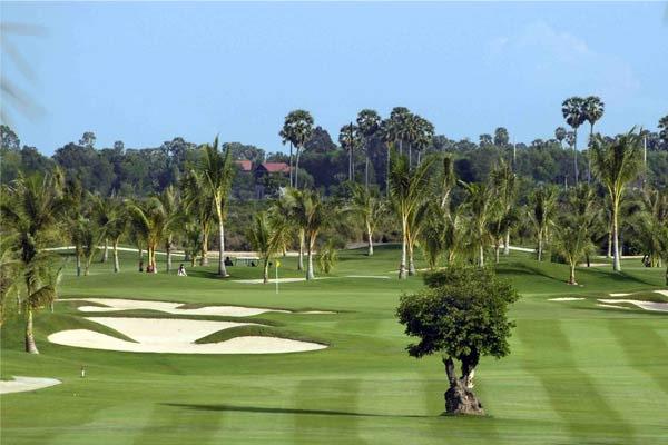 Play golf at Royal Cambodia Phnom Penh Golf Club (B)