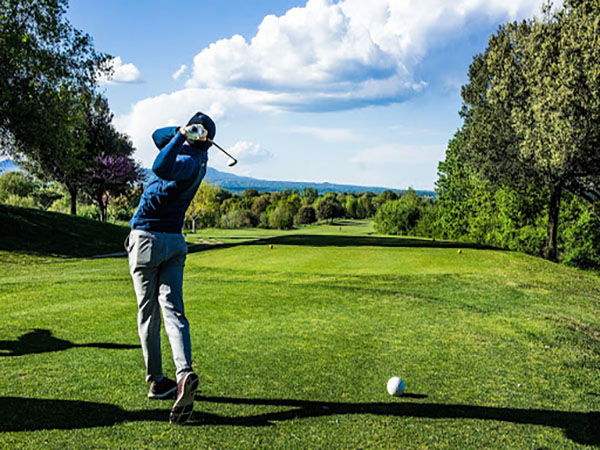 Playing Golf- Golf events